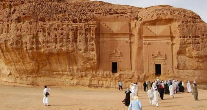 السعودية تفتح أبوابها للسياح بدءا من الأول من غشت