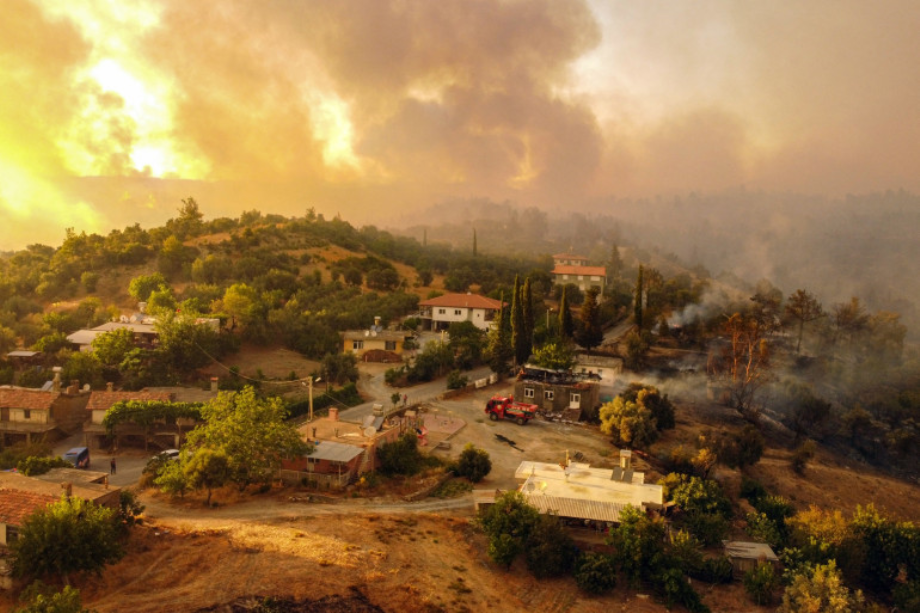 Incendies en Turquie: le bilan passe à six morts et 300 blessés