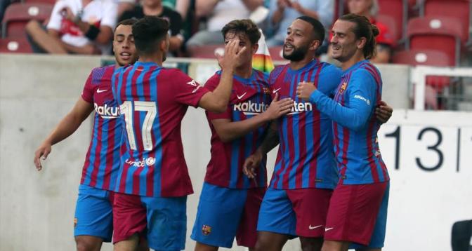 برشلونة يفوز على شتوتغارت بثلاثية نظيفة