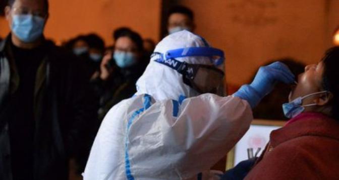 Chine: une 3e ville en confinement après un cas de Covid-19