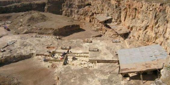 اكتشاف أثري هام من الحقبة الآشولية في الدار البيضاء...توضيحات مدير البعثة المشرفة