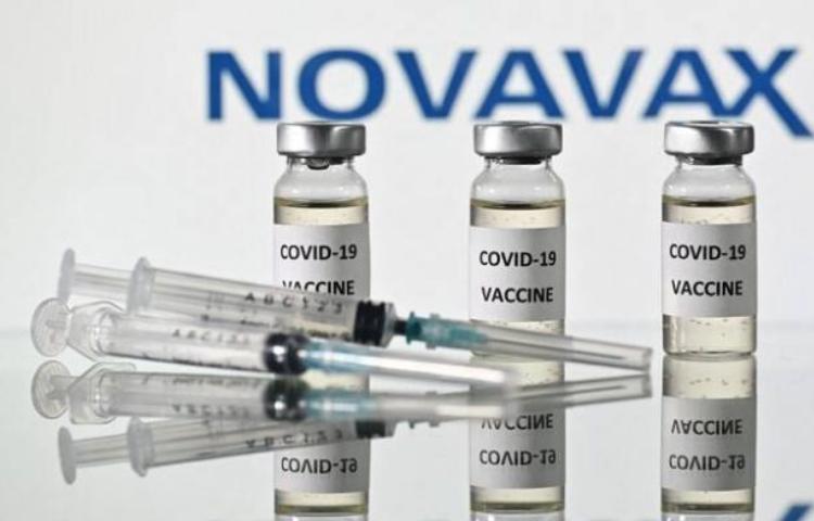 Covid-19: l'UE approuve un nouveau contrat d'achat anticipé de vaccins avec Novavax