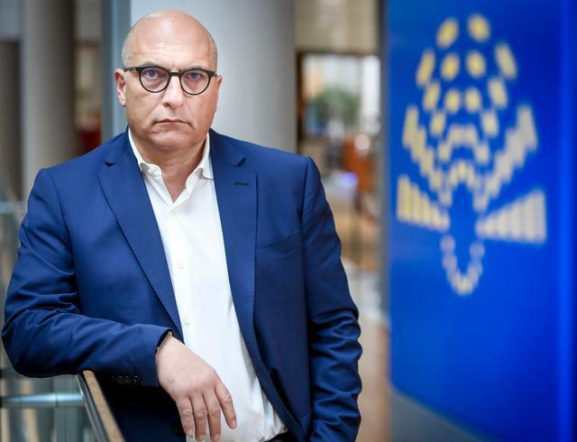 رئيس وفد العلاقات مع البلدان المغاربية بالبرلمان الأوروبي يرحب بالمبادرة الملكية النبيلة تجاه الجزائر