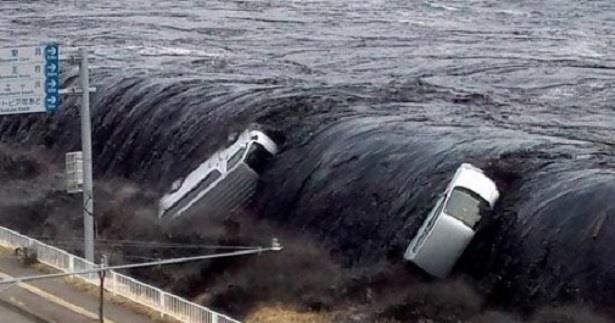الولايات المتحدة .. إدارة المحيطات تحذر من موسم أعاصير مدمر