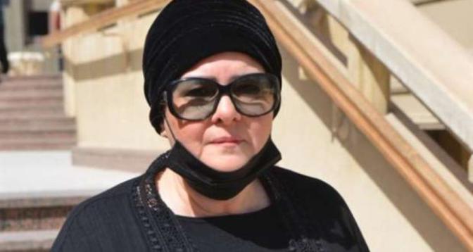 وفاة الفنانة المصرية الكبيرة دلال عبد العزيز