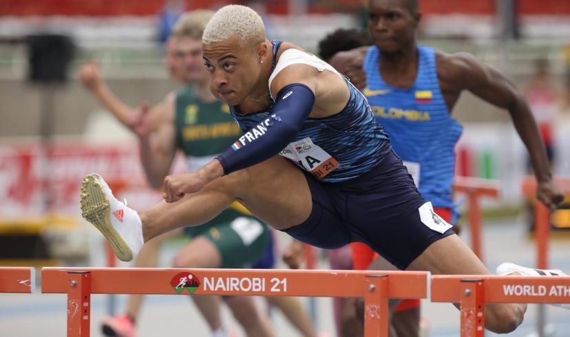 Athlétisme: le Français Sasha Zhoya bat le record du monde U20 du 110 m haies