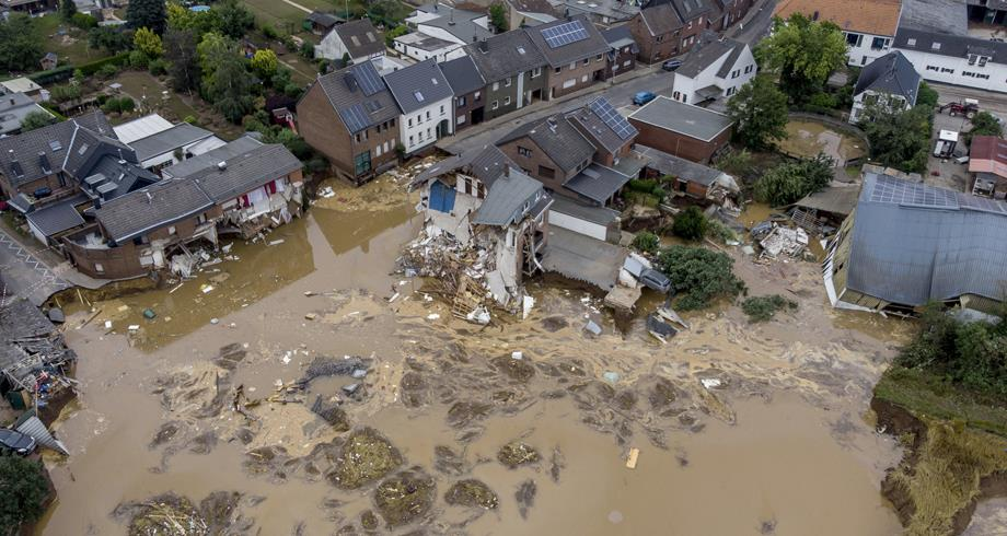 الاحترار المناخي زاد احتمالات وشدة فيضانات الصيف بأوروبا