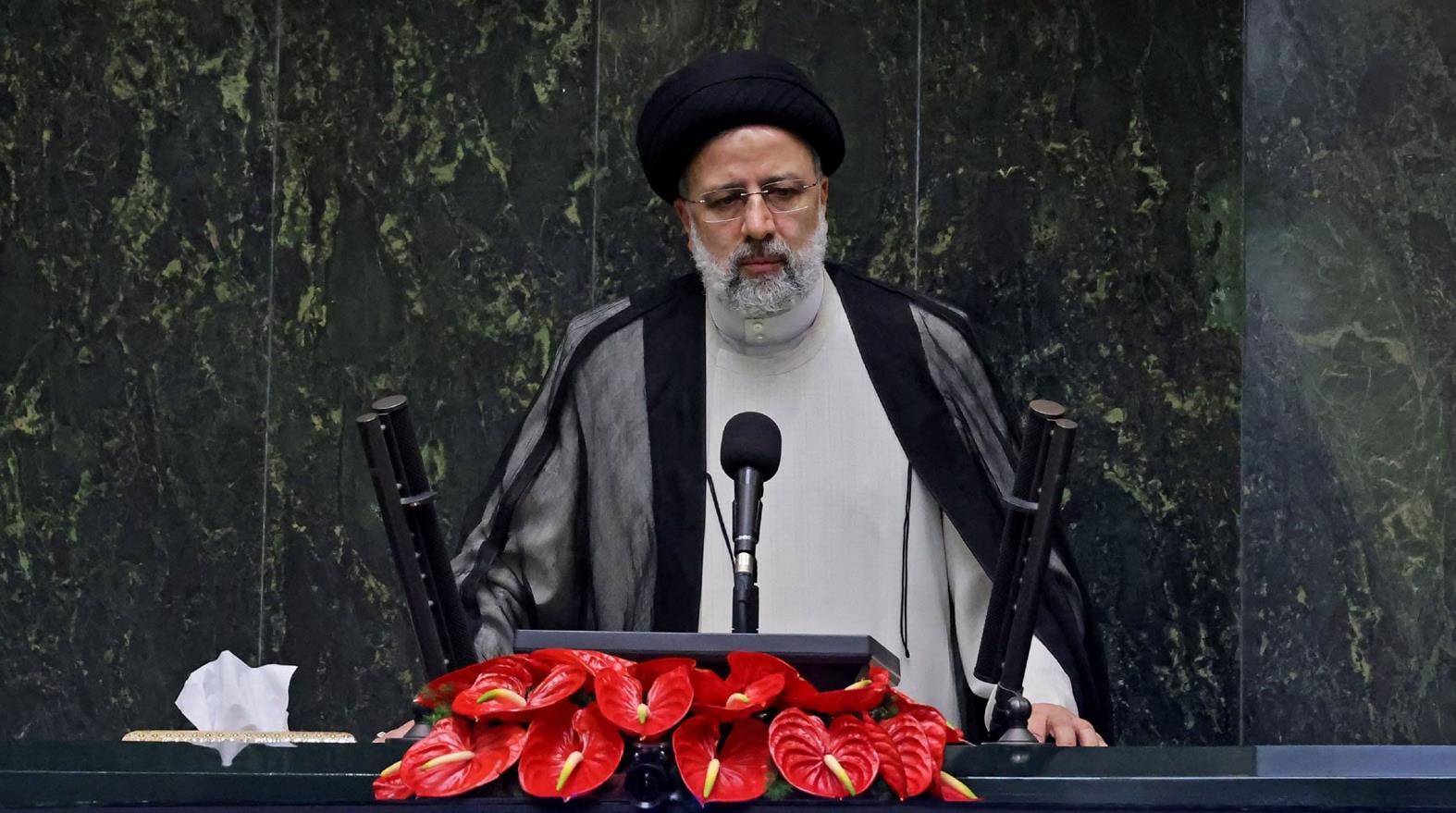مجلس الشورى الإيراني يمنح الثقة لحكومة رئيسي