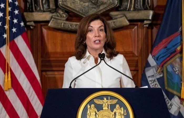 حاكمة نيويورك تكشف عن 12 ألف حالة وفاة بكورونا لم يبلغ عنها