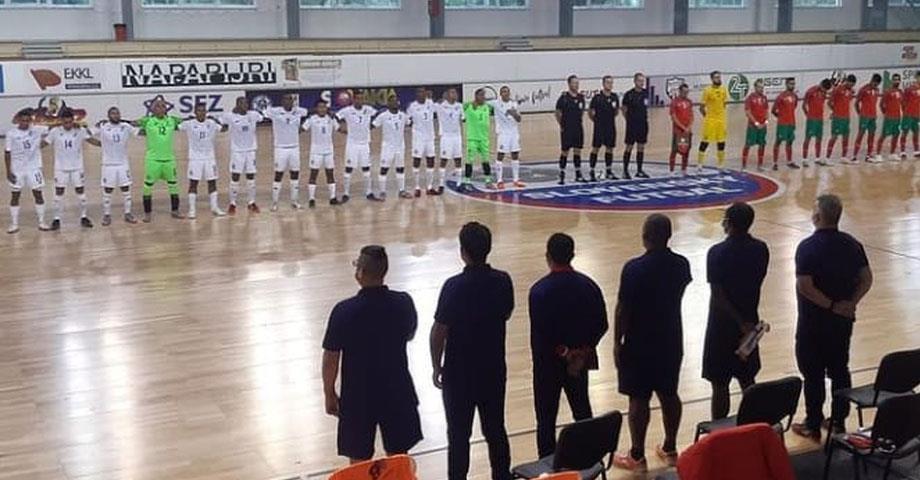 مباراة ودية ..المنتخب الوطني لكرة القدم داخل القاعة يفوز على نظيره البانامي ( 4-3 )