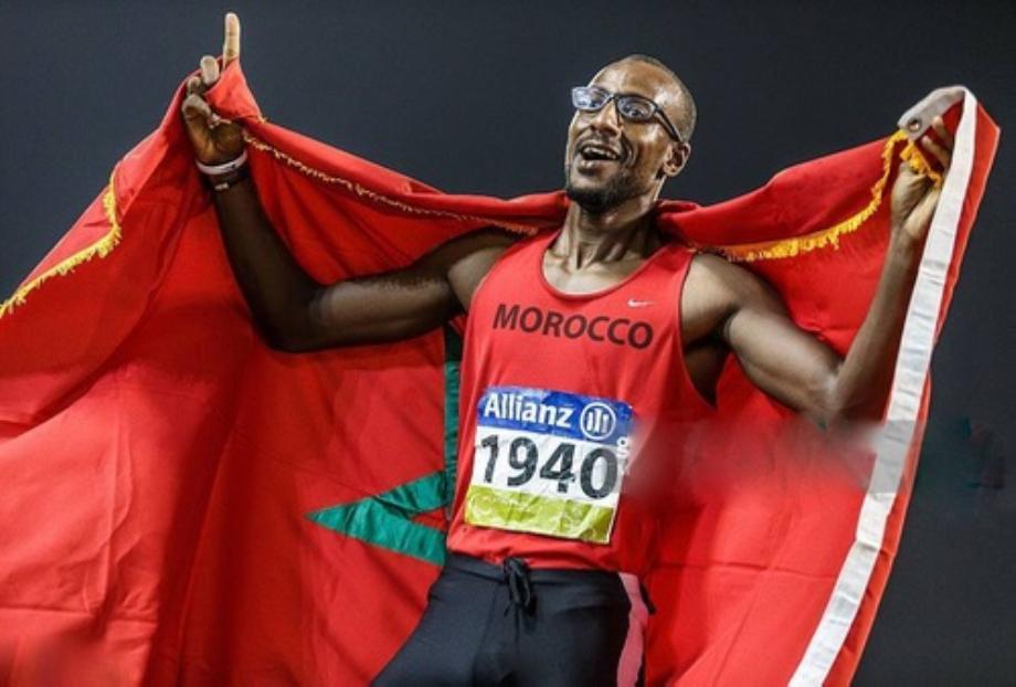 العداء المغربي البارالمبي محمد أمكون يتأهل إلى نهائي سباق 400 متر