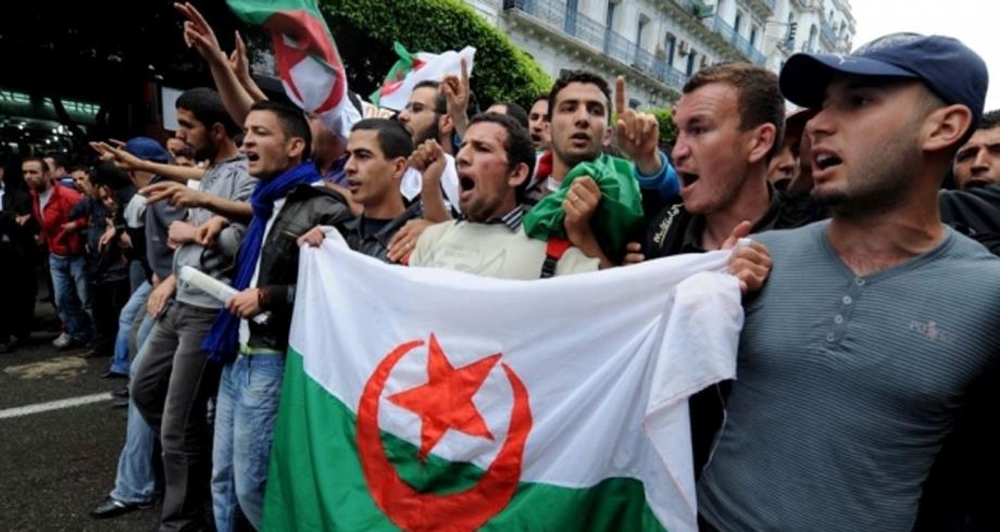 """ائتلاف حزبي جزائري يندد بتعرض الحريات الأساسية """"لحرب حقيقية"""""""