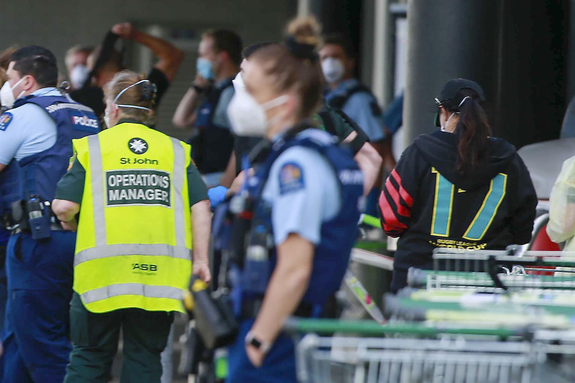 "هجوم ""إرهابي"" طعنا بالسكين في نيوزيلندا"