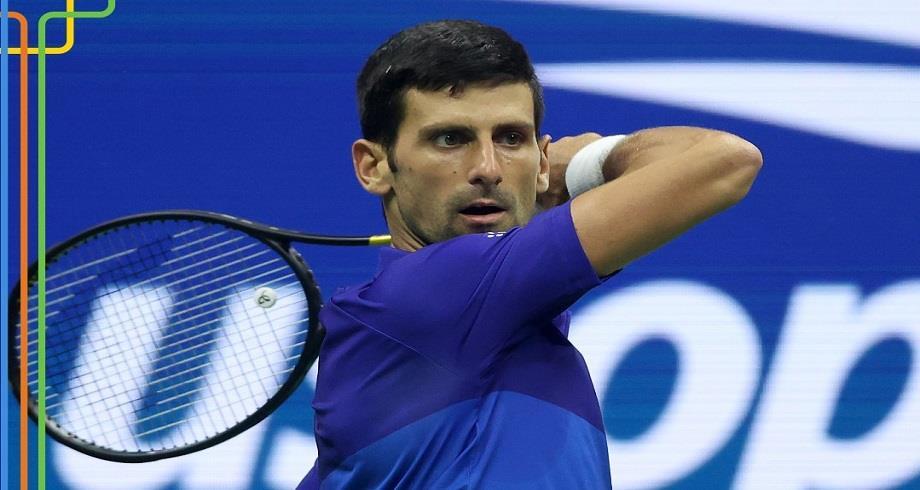 US Open: Djokovic se fait des frayeurs mais passe en quart