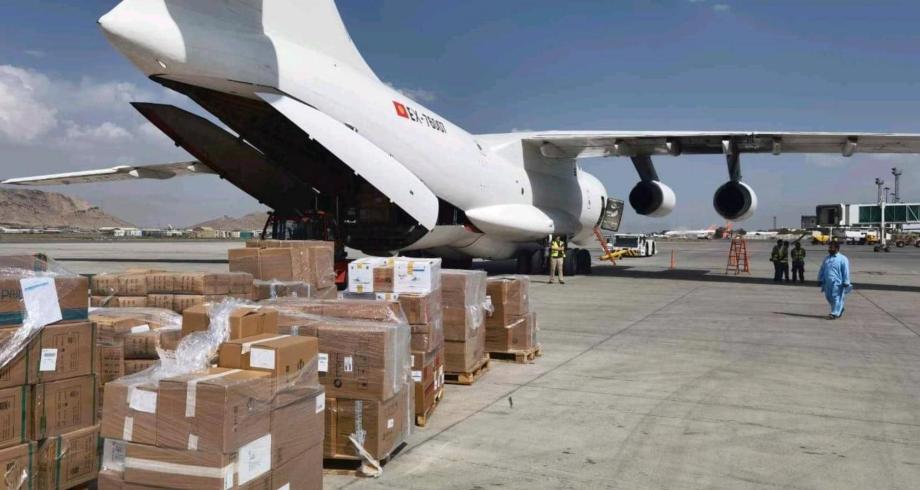 الإمارات ترسل مساعدات غذائية وطبية عاجلة لأفغانستان