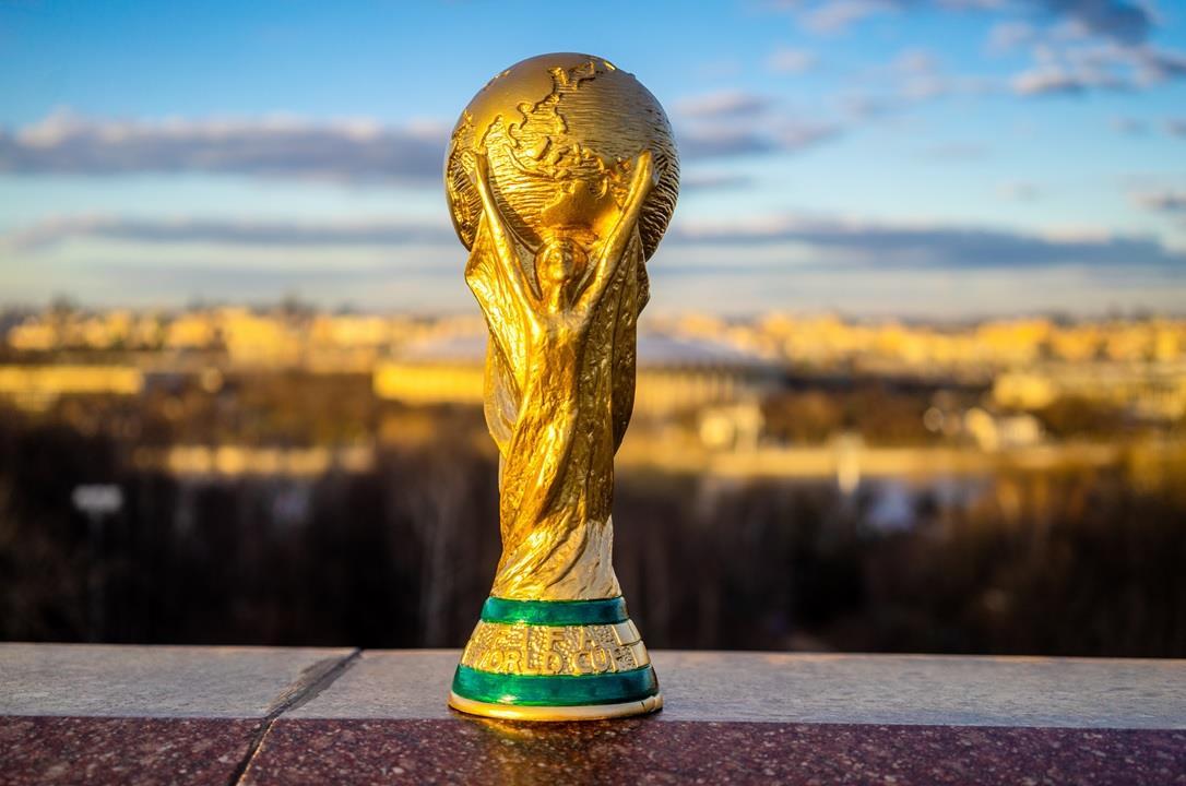 """أربع دول آسيوية تدعم """"الفيفا"""" لإقامة كأس العالم كل عامين"""