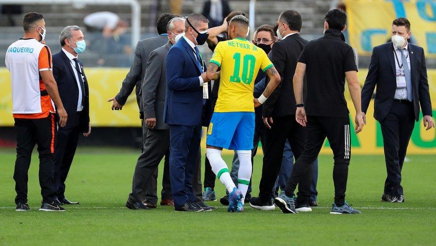 Suspension du match des éliminatoires pour le mondial: la police brésilienne enquête sur quatre joueurs argentins