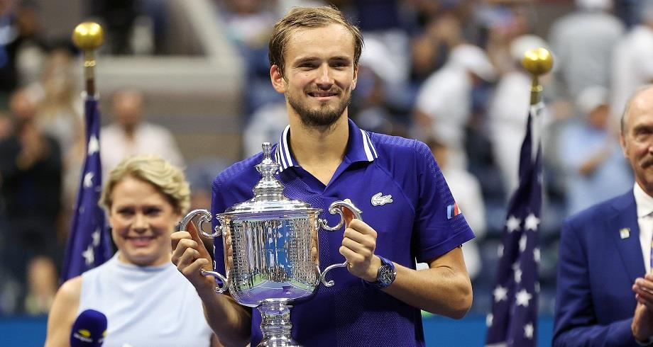 Tennis: Medvedev remporte l'US Open aux dépens de Djokovic