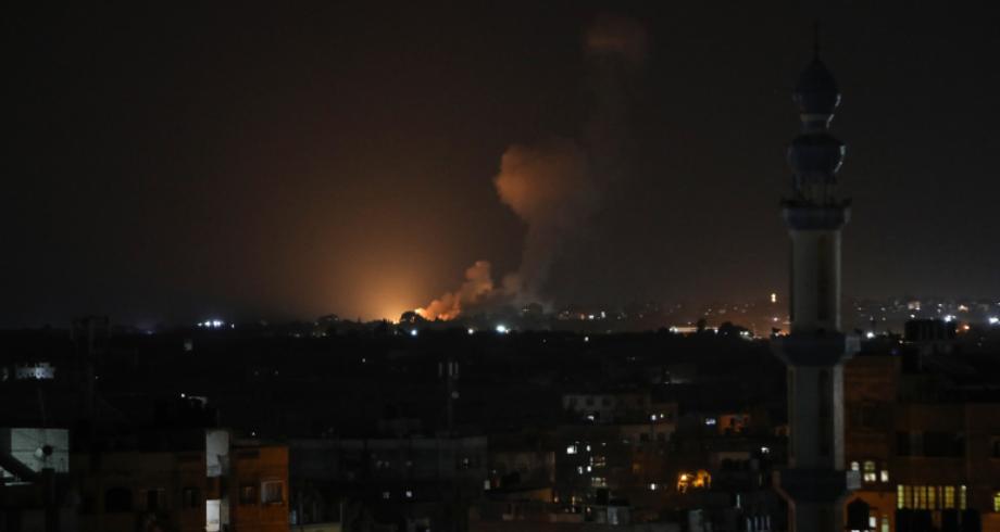 الطيران الحربي الإسرائيلي يقصف عدة مواقع في قطاع غزة