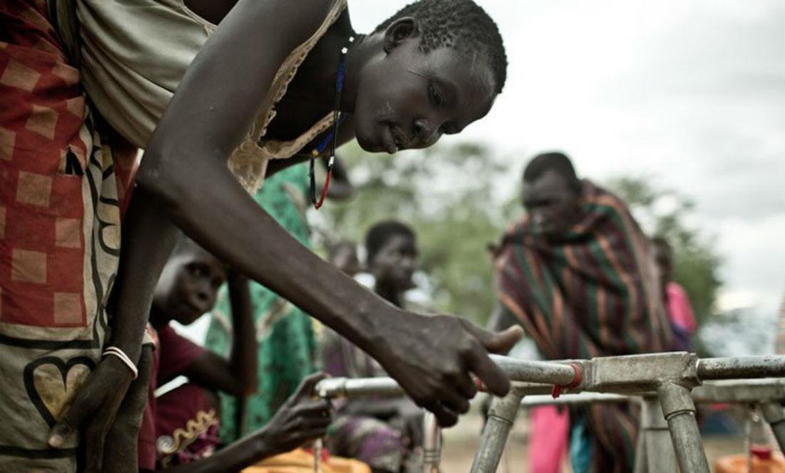 برنامج الأغذية العالمي يعلن اضطراره تعليق المساعدات الغذائية لأكثر 100 ألف شخص بجنوب السودان