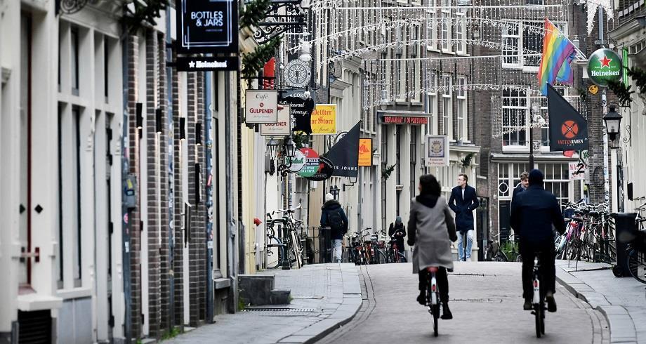 """Les Pays-Bas annoncent un allègement des restrictions sanitaires et la mise en place d'un """"pass Covid"""""""