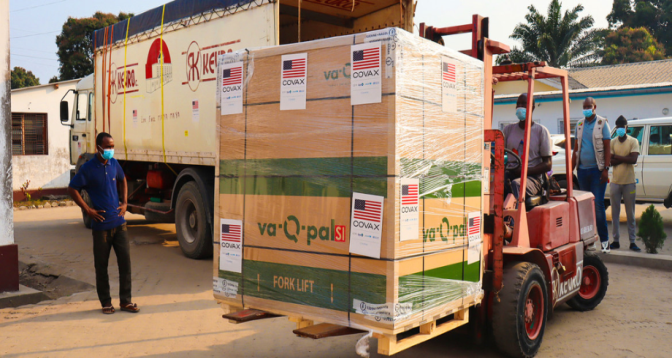 Covid-19: l'Afrique fait face à un déficit de 470 millions de doses de vaccins
