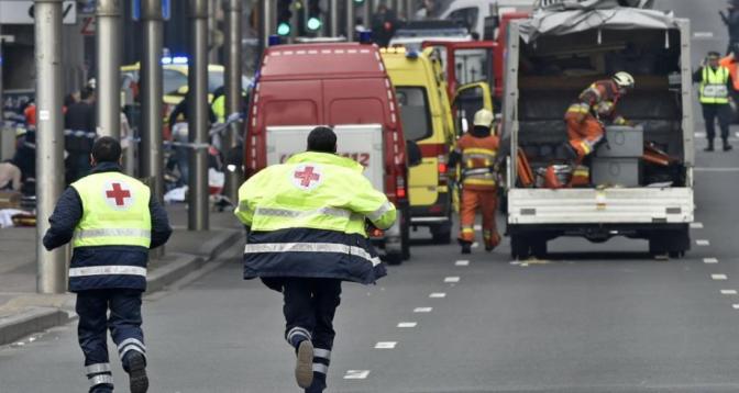 Attentats de 2016 à Bruxelles: les dix inculpés renvoyés devant la cour des assises