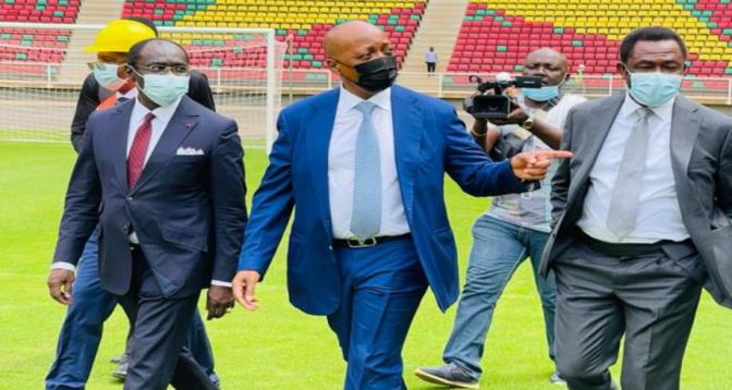Le président de la CAF satisfait du stade d'Olembe au Cameroun devant accueillir les matchs de la CAN-2022
