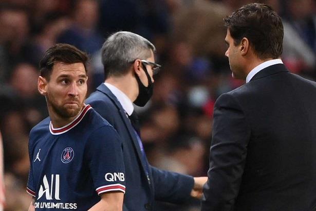 بعد غضب ميسي بسبب استبداله ..بوكيتينو يوضح الأسباب