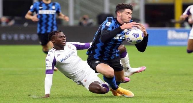بطولة ايطاليا .. إنتر ميلان يحول تأخره إلى فوز مثير على حساب فيورنتينا