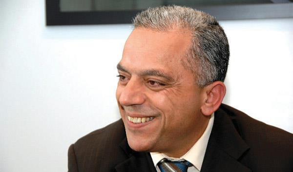 Élection de Abdellatif Maâzouz du PI président du Conseil de la région Casablanca-Settat
