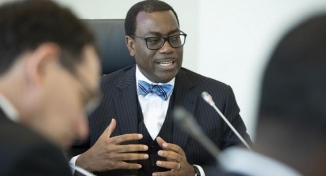 رئيس البنك الإفريقي للتنمية يدعو إلى تعزيز القدرات الإفريقية في إنتاج الأدوية