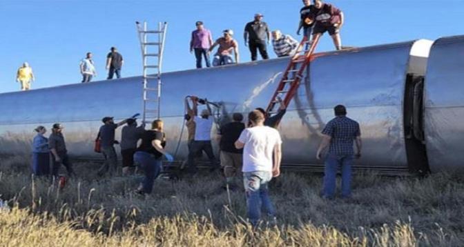 ثلاثة قتلى جراء خروج قطار عن سكته في الولايات المتحدة