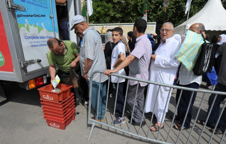 """حزب معارض يدق ناقوس الخطر حول """"انفجار البؤس"""" بالجزائر"""