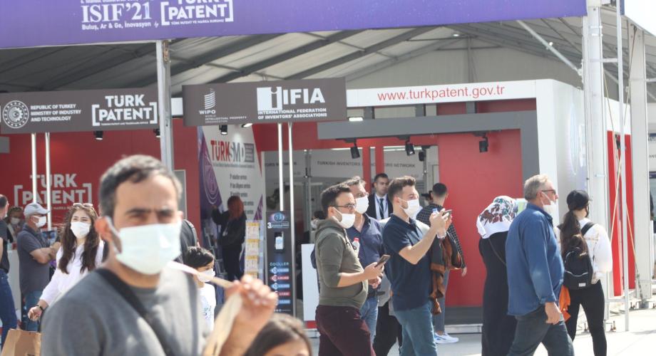 المغرب يتألق في معرض إسطنبول الدولي للاختراعات