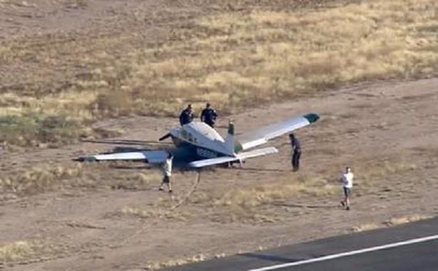 مصرع شخصين في اصطدام مروحية وطائرة بولاية أريزونا في أمريكا