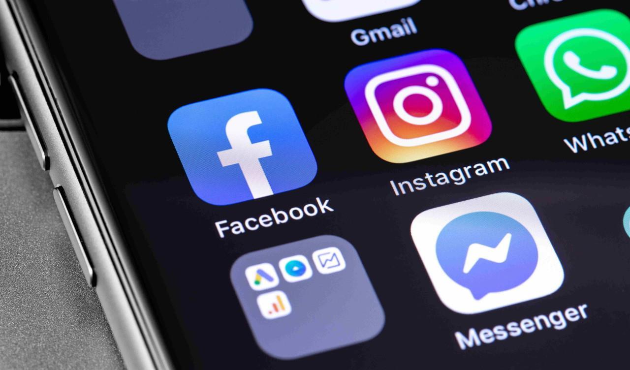انقطاع في خدمات فيسبوك وانستغرام وواتسآب