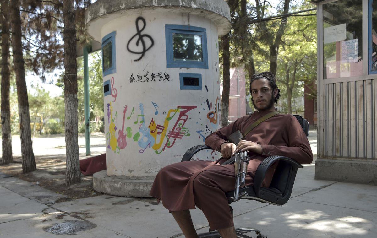 Afghanistan: Se sentant menacés, les musiciens de Kaboul fuient