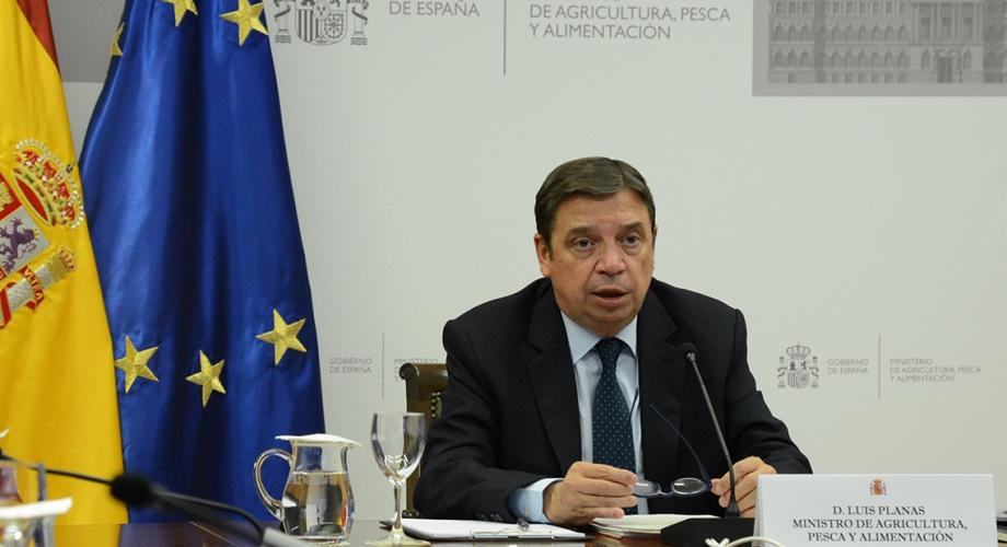 """وزير الفلاحة والصيد البحري الإسباني: الدفاع عن اتفاقية الصيد البحري مع المغرب """"أولوية"""" بالنسبة لإسبانيا"""