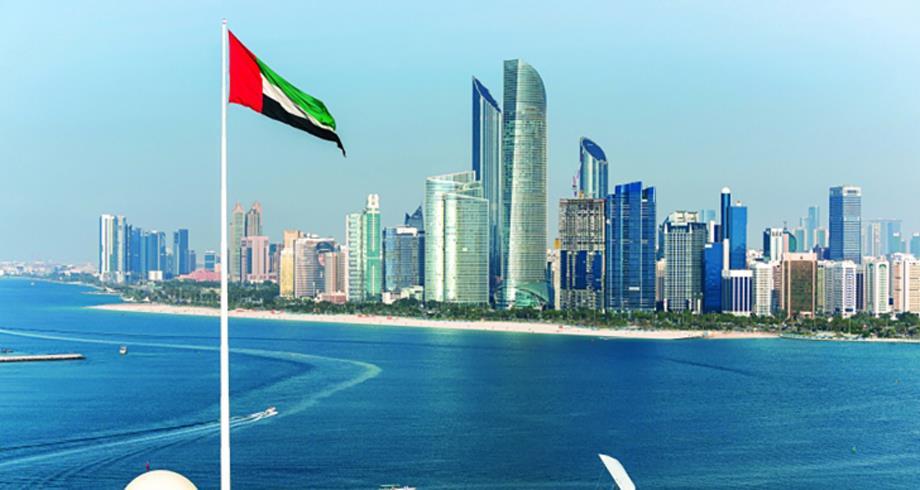 """الإمارات تؤكد أنها """"خرجت"""" من أزمة كوفيد-19"""