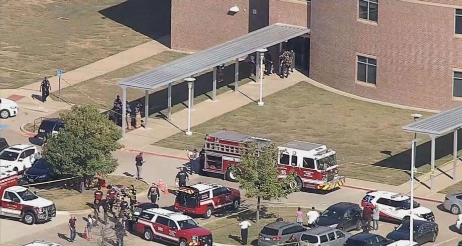 عدة إصابات في إطلاق نار في ثانوية في تكساس