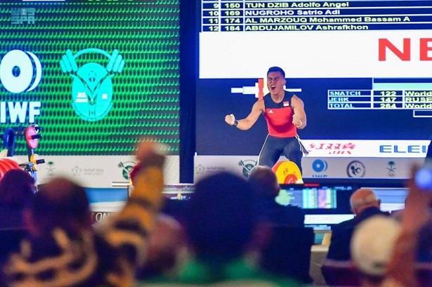 بطولة العالم لرفع الأثقال للشباب بجدة تشهد تحطيم أول الأرقام القياسية العالمية