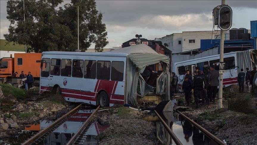 تونس... 33 مصابا في حادث اصطدام بين قطارين
