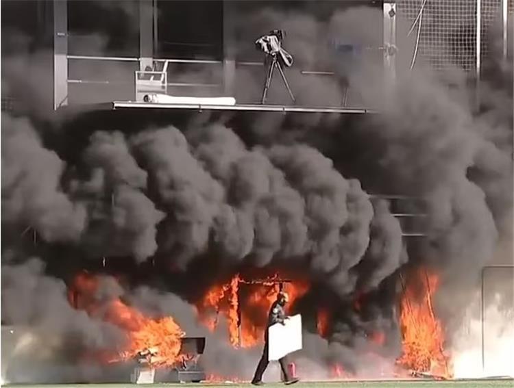 تصفيات مونديال 2022: حريق في ملعب أندورا الوطني عشية استضافة إنكلترا