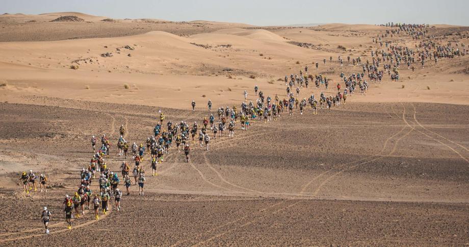 35ème Marathon des sables: la 6è étape placée sous le signe de la solidarité