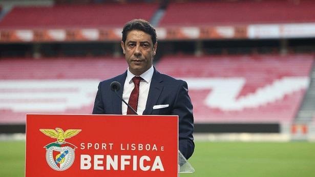 روي كوستا رئيسا جديدا لنادي بنفيكا البرتغالي