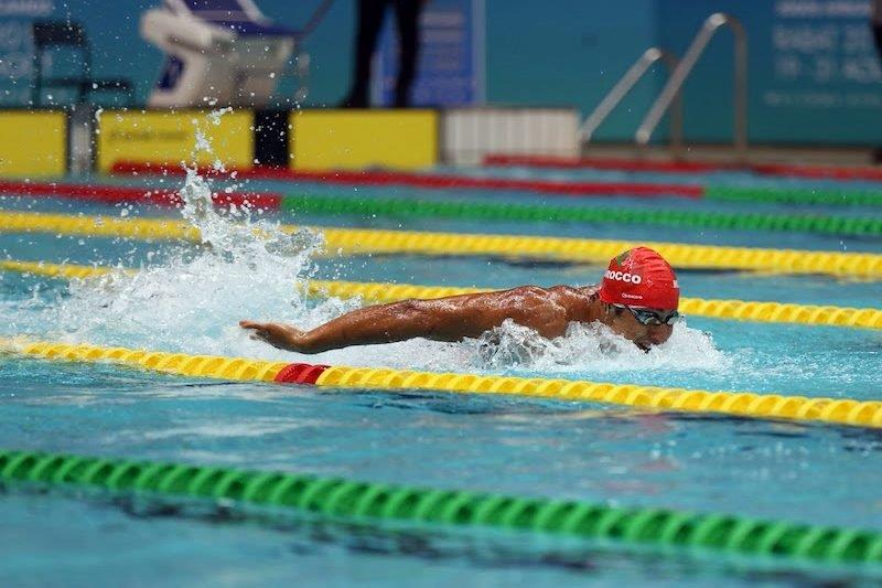 المغرب يفوز بأول ميدالية ذهبية له في البطولة الإفريقية للسباحة بغانا
