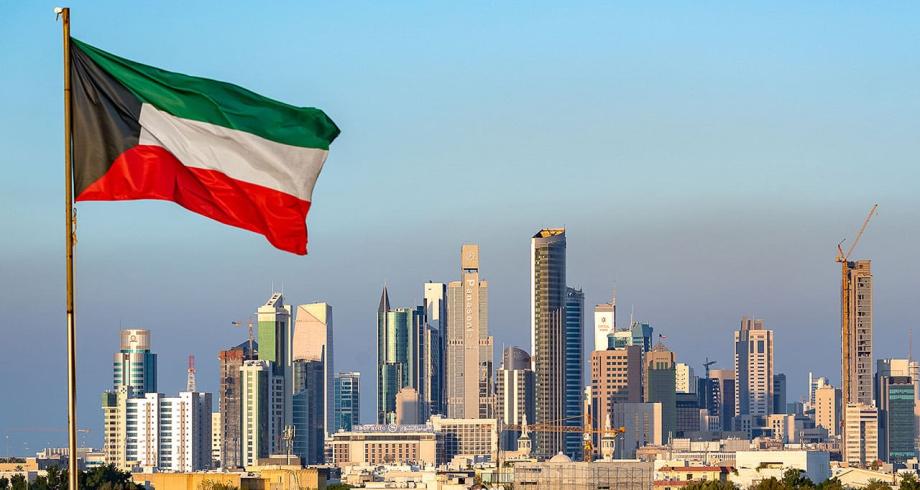 الكويت تفتح الباب أمام النساء للالتحاق بالخدمة العسكرية