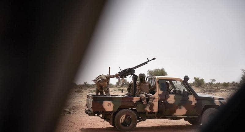 مالي: الجيش يقول إنه عاقب مرتكبي تعذيب المدنيين