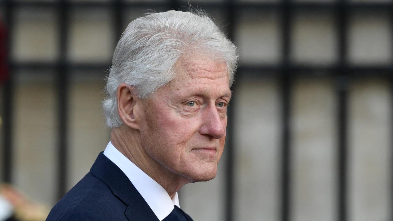 نقل بيل كلينتون إلى المستشفى لإصابته بعدوى غير مرتبطة بكوفيد-19